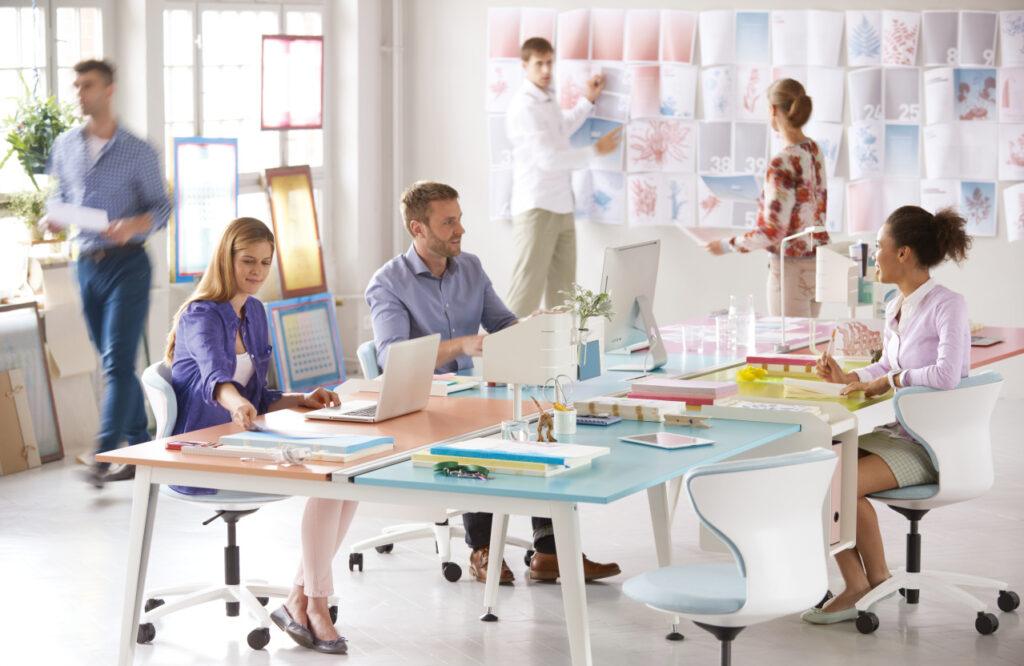 Glücklich am Arbeitsplatz_Sedus Teamwork