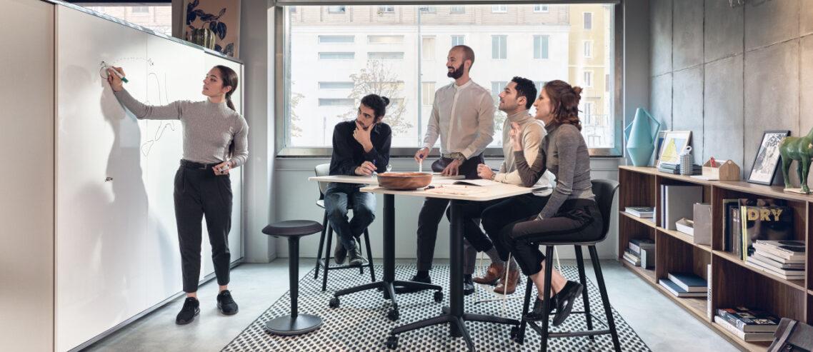 Arbeitsplatzstrategie_se spot stool_Titel