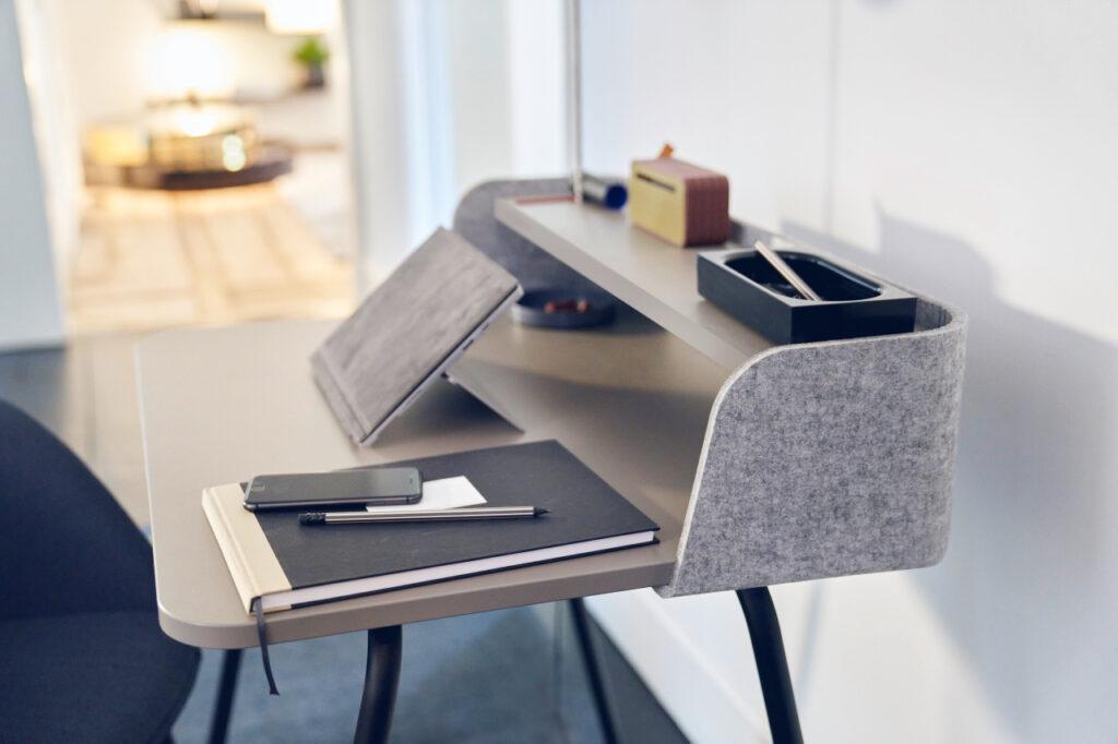 Arbeitstisch Schreibtisch Sedus ausgezeichnet
